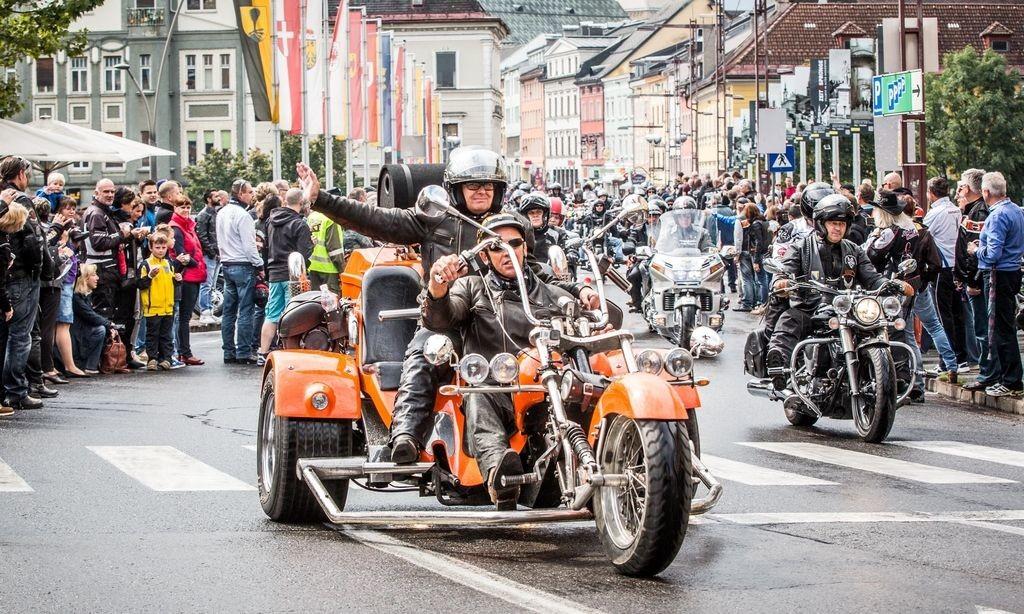 Harley Treffen European Bike Week Faakersee Kärnten 2014 Sternfahrt Rundfahrt Villach Innenstadt